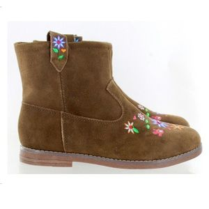 Hanna Andersson Shoes - Hanna Andersson Elsa Boots Suede 5-6 yr old girl